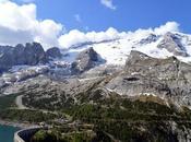 sentiero Viel Pan, lago Fedaia Pordoi, ammirando ghiacciaio della Marmolada