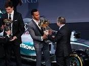Lewis Hamilton l'antisportivo eccellenza protegge farlo vincere