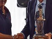 SALERNO Premio Charlot consegnato giornalista Mario Luzzato Fegiz