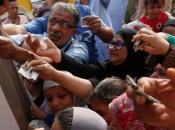 Egitto miseria: tolti sussidi alimentari guadagna dollari mese