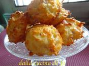 Biscotti formaggio (Cheese puffs)