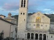 🚘Duomo Spoleto, simbolo romanico della città Spoleto