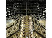 Armani/Fiori: Omaggio 150° Anniversario della Galleria Vittorio Emanuele