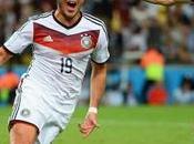 Mediaset vuole Mondiali 2018, testa Rai. Ottobre assegnazione