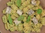 #VEGGYME Pasta crema avocado basilico gorgonzola piccante
