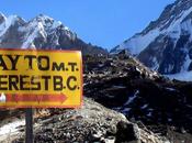 Trekking campo base dell'Everest: sogno tutti trekker mondo. tour prezzi