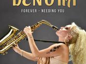 L'amore oltre conflitto: esce Forever, nuovo video dance della sax-diva internazionale Denora