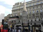Esplorando Charing Cross cuore Londra