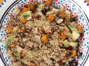 Insalata quinoa zucca arrosto, avocado tofu affumicato