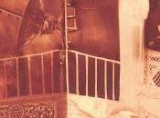 ragazza balcone