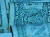 Indebitamento orientale sempre dollari. banche d'affari corrono