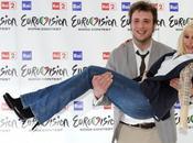 Raphael Gualazzi: rappresento l'Italia festival della canzone Europea.