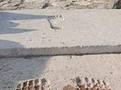 Impronte giganti Tempio Dara: marchio degli Anunnaki?