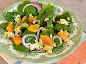 Insalata spinacini, uova, arance pinoli