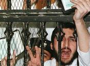 poeta egiziano(Galal el-Beheiri) stato condannato anni carcere tribunale militare solo