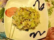 Fresca croccante insalata filetto pollo, cetrioli noci