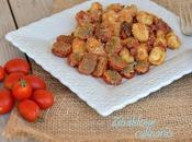 Gnocchi patate salsa acciughe pomodorini ripieni