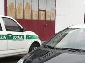 #Buccinasco Blitz capannone Resistenza: dentro decine posti letto