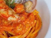 Spaghetti crema peperoni, gamberi vongole