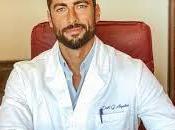 Giovanni Angiolini, sardo, ortopedico esercita Cagliari medico sexy d'Italia