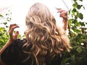 Come gestire capelli ricci quando piove