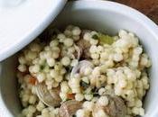 Primi piatti gourmet: fregola brodo vongole. anche arselle lupini
