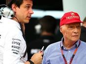 Formula Wolff dedica titolo della Mercedes Niki Lauda