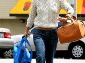 Rachel Bilson pullover Agosto Angeles
