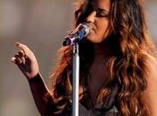 """Demi Lovato """"Skyscraper"""" live Something Awards"""