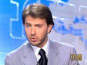 Polemiche Tg1: Giorgino litiga Minzolini lascia conduzione mentre onda 'Grazie Berlusconi' ribelle libico