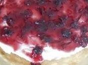 Torta fredda allo yogurt confettura ciliegie