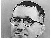 Poesia Generale, carro armato Bertolt Brecht