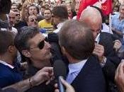 """Aggressione Rochi.""""Siete vergogna dell'Italia, cialtroni"""