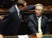Bossi salva Milanese Berlusconi, sette mancano all'appello…
