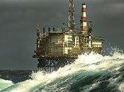 Dopo anche Cina riversa petrolio mare
