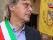 Sono figlio Totò Riina. Ignoti mandano Vittorio Sgarbi