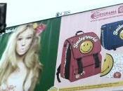 Quando bambina pubblicità sembra bambola gonfiabile
