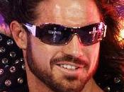"""Stasera è prevista l'ultima presenza di John Morrison a RAW e, quindi, in WWE. Ieri, su Twitter, lo """"Shaman of Sexy"""" ha scritto: """"Parlerò del mio futuro la. - uscita-col-botto-per-john-morrison-o-rinnovo-L-IlKKM4-175x130"""