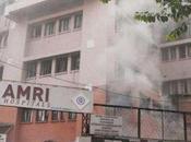 Arrestati manager dell'ospedale preso fuoco Calcutta. Novanta vittime