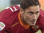 """Roma, Totti: """"...se vogliono vado!!!!""""."""