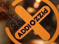 """""""TheWardrobe progresso"""": natalizio consumo critico Addio Pizzo"""