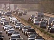 Vacanze Natale, oggi pomeriggio traffico intenso. Bollino rosso domani