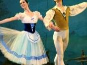 Teatro: Giselle scena Lyrick Assisi