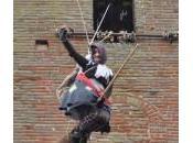 EPIFANIA CITTA' DELLA PIEVE- befana acrobati folletti