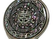 Specchio borsetta intarsi madreperla raffiguranti ideogrammi cinesi porta fortuna