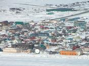 petroliera rompighiaccio soccorso tremilaseicento abitanti Nome, Alaska, senza rifornimenti riscaldamento sottozero