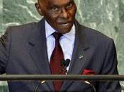 Violenze Senegal Dakar: Corte superiore accettta terza candidatura prresidente Wade alle prossime elezioni marzo rigetta quella cantante Youssou N'Dour
