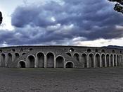 Amphitheatre Pompeii -blood sand-