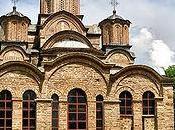 Kosovo/ Kosovska Kamenica. Profanata chiesa ortodossa serba