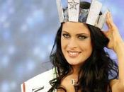 """ASCOLTI TV/5,6 milioni finale """"Miss Italia 2010″. Oltre ritorno Antonella Clerici prova cuoco"""""""